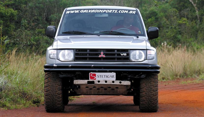Mitsubishi Pajero V6